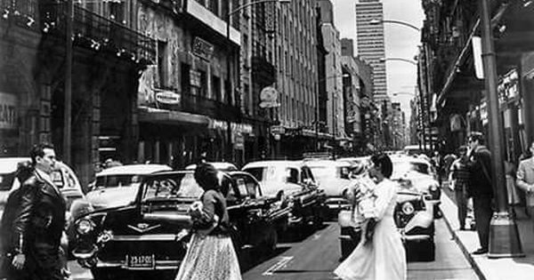 Calle Madero Centró Historico 60s Fotos De Ciudades Historia De Mexico Centro De La Ciudad De Mexico