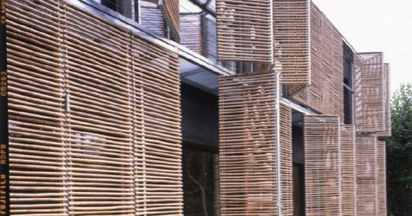 Passive house karawitz architecture persianas panel y for Persianas bambu exterior