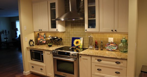 Like the drawers and hardware shaker shaker ii photo for Cheap shaker style kitchen cabinets