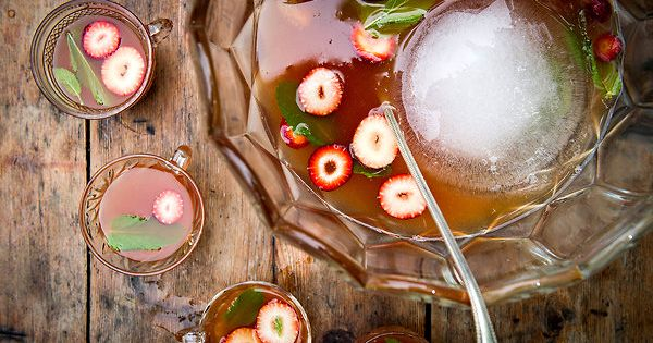 Summer Punch. Full recipe at http://www.telegram.com/article/20120524/NEWS/105249986/-1/living. punch drinks receipes food