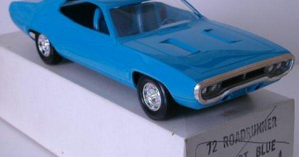 1972 Plymouth Road Runner 2 Door Ht Promo Model Model Cars Kits Car Dealership Car Model
