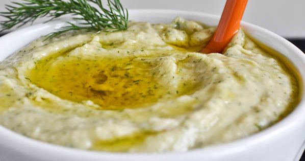 Roasted Garlic and Dill White Bean Dip. >> YUM! dips spread sauce