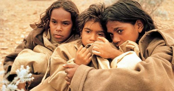 rabbit proof fence phillip noyce essay The film the rabbit proof fence directed by phillip noyce, based on the  inspirational true story follow the rabbit proof fence by doris.