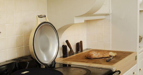 Une cuisine exploitant toute la hauteur de la pi ce aga for Hauteur d une hotte cuisine