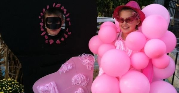 Bubble Gum on the Bottom of a Shoe - Homemade costumes for