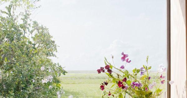 La nature et la couleur s 39 immiscent dans la d co marie for Fenetre qui s ouvre