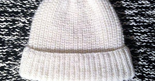 si tu veux tricoter ce bonnet en c tes perl es je te dis tout sur cagibis tricot. Black Bedroom Furniture Sets. Home Design Ideas