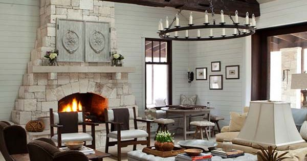 texas hill country retreat connects to nature along the