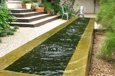 0 Edge Fountains | negative-edge concrete trough fountain