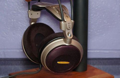 The Most Clever Recycled Amp Diy Headphone Stands Pvc Pipe