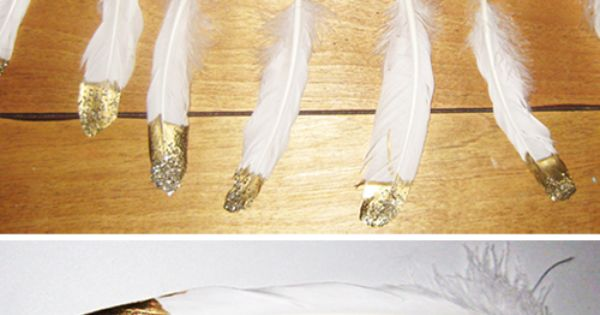 DIY Gold and Glitter Dipped Feathers | Bridal Musings | CHECK OUT