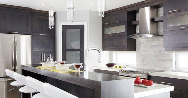 Armoires de cuisine de style moderne la totalit de ces for Armoire de cuisine en merisier