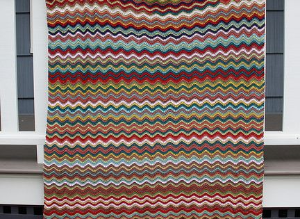 Stripe Pattern Generator Knitting : This webpage generates random stripe patterns for sweaters, scarves, blankets...