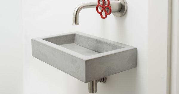 Fonteintje in beton concrete toilet sink 8r made concrete sinks 8r gemaakte betonnen - Badkamer beton wax ...