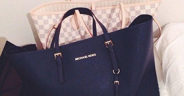 Michael Kors Handbags with cheap price for you Michael Kors Handbags omg