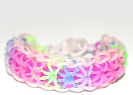 Arrowhead loom band bracelet tutorial, instructions and videos on hundreds of loom
