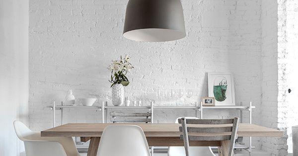 Salle manger esprit scandinave parquet blanchi mur de briques blanches s - Parquet blanchi scandinave ...