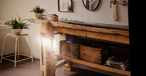 Oude werkbank met trog als wastafel paardenbos pinterest wastafel werkbank en leuke idee n - Oude keuken wastafel ...