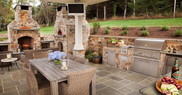 outdoor k che mit pizzaofen und edelstahl ger ten hofk che modern aber leider auch geil. Black Bedroom Furniture Sets. Home Design Ideas