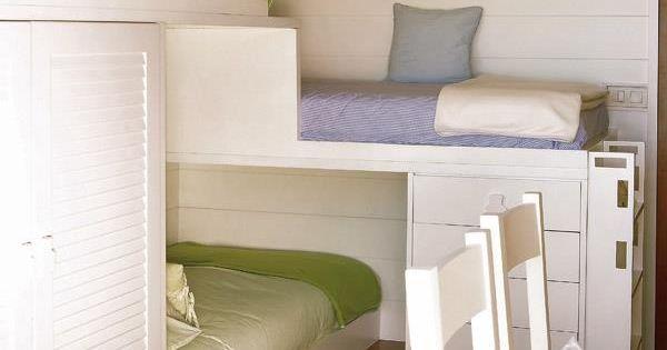 Tres camas y una habitaci n peque a ideas de decoraci n - Tres camas en habitacion pequena ...