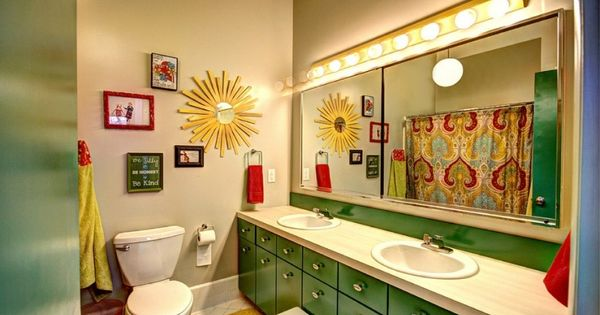 Kids bathroom for girls and boys 30 really cool kids for Cool kid bathroom ideas