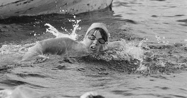 July 28 1966 Brenda Sherratt Eighteen Becomes The First Person To Swim Scotland S 22 5 Mile Loch Ness History Womens Swim Swimming