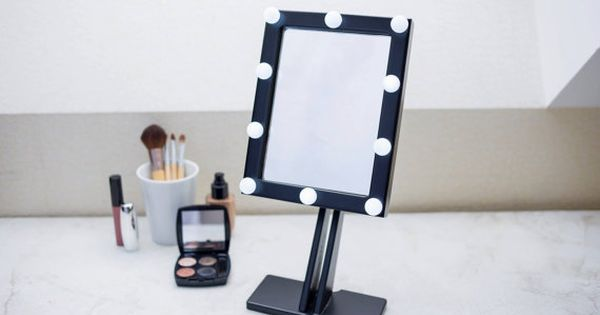 zwarte make up spiegel met verlichting hollywood door ewartwoods hollywood mirror pinterest. Black Bedroom Furniture Sets. Home Design Ideas