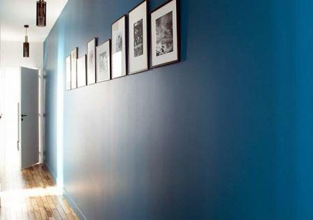 caroline desert decoratrice interieur couloir bleu vintage bleu canard suspension vouges sarah. Black Bedroom Furniture Sets. Home Design Ideas