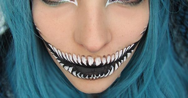 Cheshire cat make up from Alice in Wonderland!
