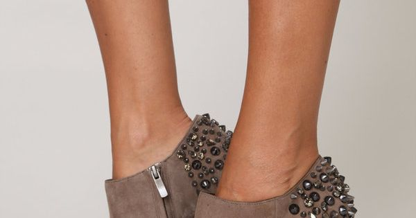 Studded ankle boots? Don't mind if I do... Rizzo Spike Heel, Sam