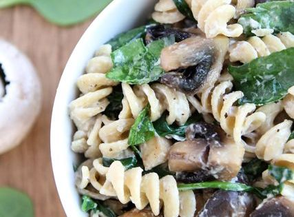 Creamy Goat Cheese Pasta with Spinach & Mushrooms | Things I must eat ...