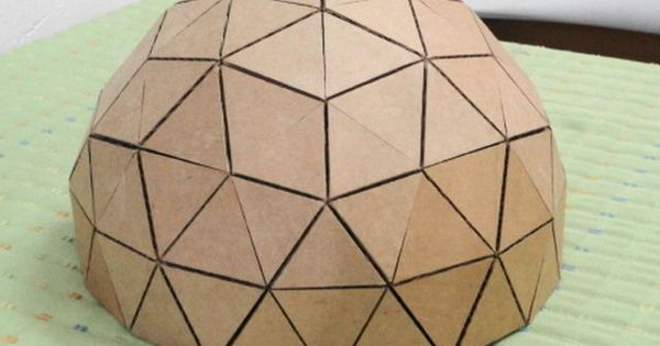 how to make a geodesic dome 39 s scale model with cardboard geod tische kuppel kleines h uschen. Black Bedroom Furniture Sets. Home Design Ideas