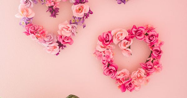 Valentine 39 S Day Decor Diy Floral Hearts Beautiful Wall
