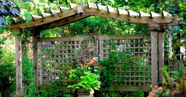 fabulous japanese wooden garden structures 10