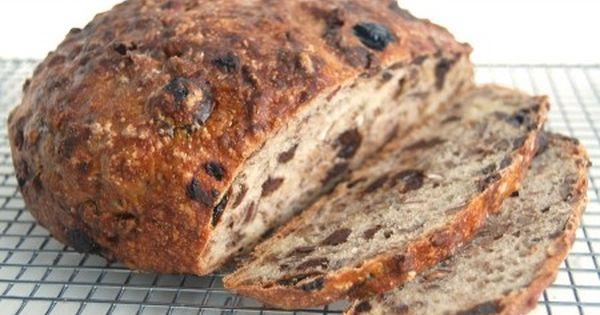 No-Knead Chocolate-Cherry-Pecan Bread   No knead bread, Breads bakery ...