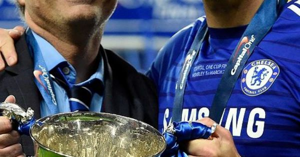 Chelsea Pinterest: José Mourinho / John Terry #captainleaderlegend