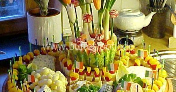 fingerfood vegetarisch gro e k seplatte f r die n chste sommerparty essen pinterest. Black Bedroom Furniture Sets. Home Design Ideas