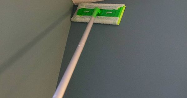 Clean Walls Dust With Swiffer Then Wipe Down With Vinegar