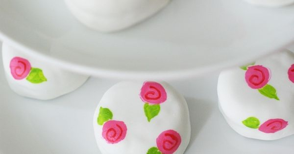 "From Book ""Suugarlicious!"" These are called ""Rosie Posie Petite Fours"" made from"