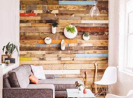 Decora tus paredes con palets de madera decoraci n - Paredes de madera decoracion ...