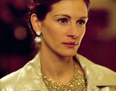 oceans 11 julia roberts gold dress   google search julia