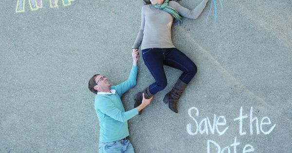This is such a cute idea for a Save The Date picture!