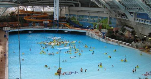 World 39 S Biggest Indoor Swimming Pool The Most Expensive Hotel 39 S In The World Pinterest