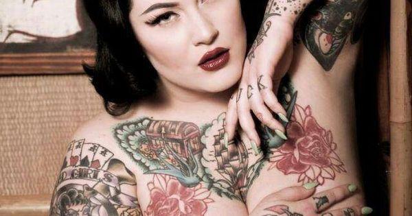 Bbw big beautiful women confident sexy ladies for Chubby tattooed girls