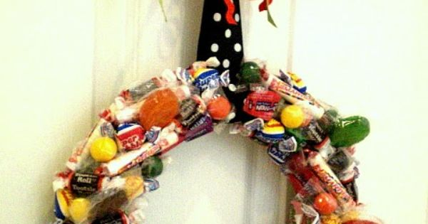Craft Crafters Crafting Handcrafted: Halloween Kids and Family Craft ~ Candy Wreaths!