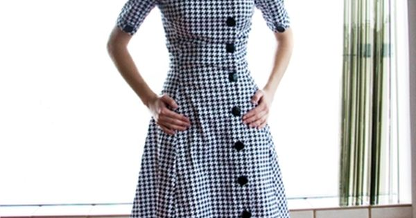 Shabby apple houndstooth dress | Raddest Women's Fashion Looks On The Internet: