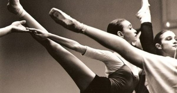 Arabesque with a super winged foot