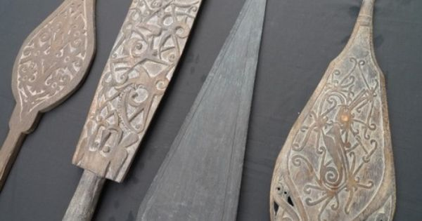 4 tribal paddles pac islander motifs pinterest for Canoe paddle tattoo