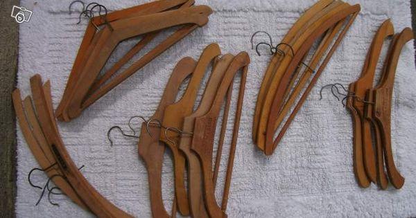 Anciens cintres en bois ameublement maine et loire for Leboncoin moselle ameublement