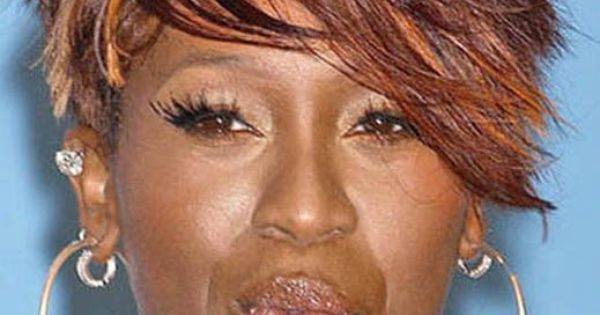 Flowing Missy Elliott Hairstyle Short Straight Lace